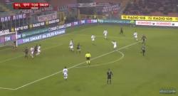 Milan-Torino, Kucka sfiora il gol con una gran bordata da fuori area! [VIDEO]