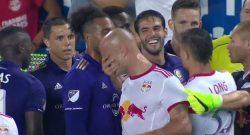 Clamoroso in MLS: Kaká espulso per una manata al volto scherzosa [VIDEO]