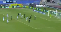 Gol di Montolivo! Il Milan accorcia le distanze con la Lazio! [VIDEO]