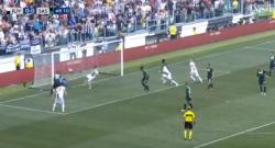 Il Sassuolo 'regala' il primo gol in bianconero a Ronaldo, Juventus in vantaggio così [VIDE]