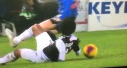 Vergogna assoluta a Bergamo, la Juve 'scippa' i 3 punti: sul gol di Higuain c'è fallo di mano di Cuadrado [VIDEO]