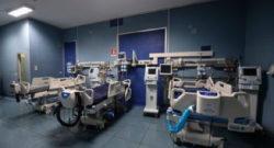 Coronavirus, giornata storica: il 29enne Ian Haydon si è fatto iniettare il vaccino